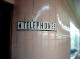 Telephones sign