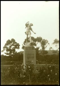 Photograph courtesy of State Library of Victoria