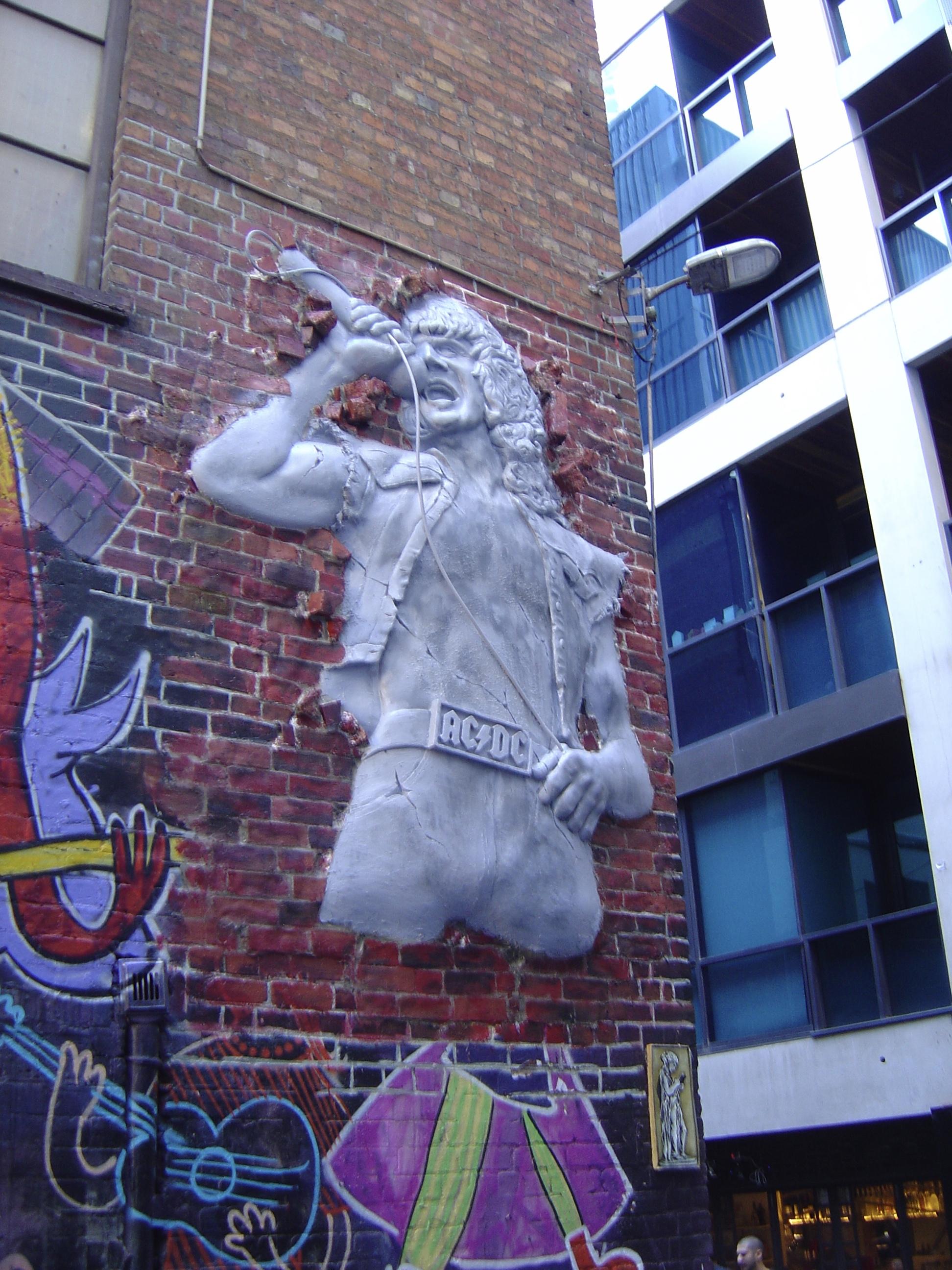 Makatron, Bon Scott, Melbourne